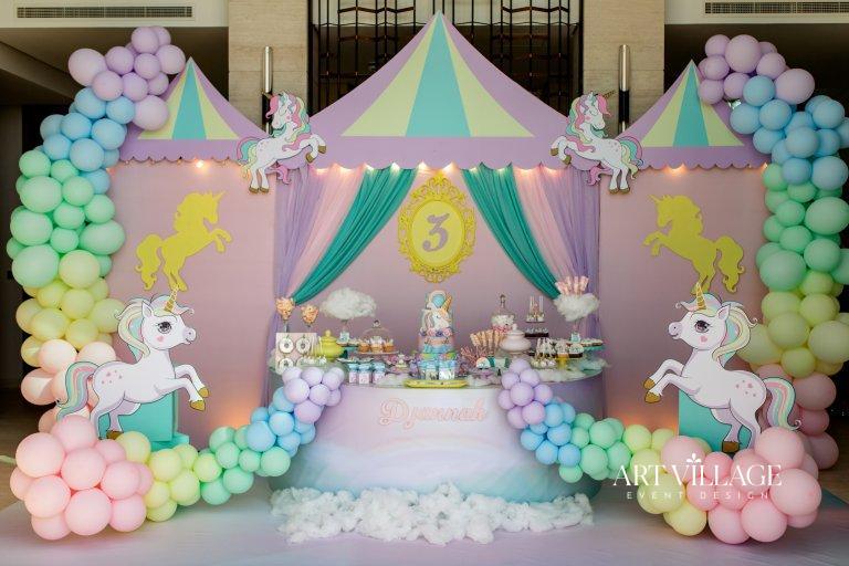 pastel balloon garland Palm Jumeirah