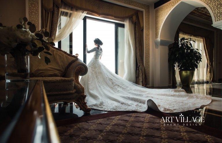 bride candid photoshoot